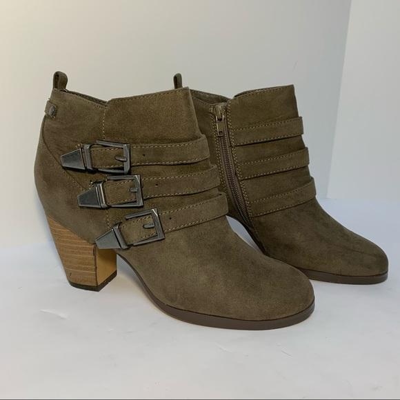 Crown Vintage Brown Suede Heel Ankle Boots Buckle